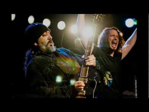 Soundgarden - Let me drown (Español Subs- Lyrics HD)