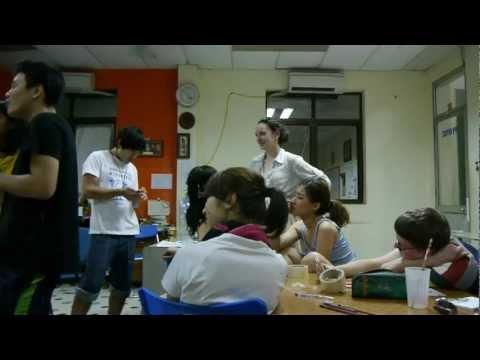 World Heritage Volunteers - Thang Long - Volunteers' home-made karaoke
