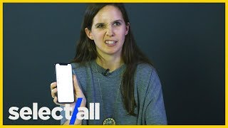 Non-Tech People Tried the iPhone X — Witness Their Struggle