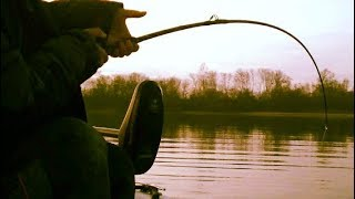 Pescuit la clonc iarna