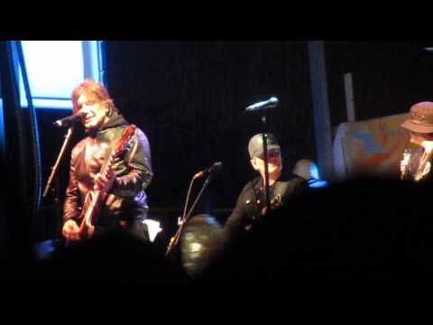 Goo Goo Dolls - Name @ Music Is Art 2015