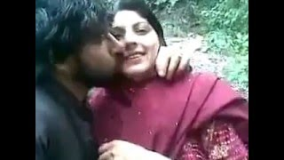 vuclip pashto local boy and girl hot kissing   in home movie