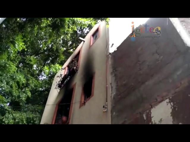 Cuatro turistas gravemente heridos en explosión.