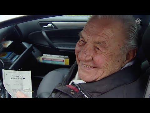 Mit 95 noch am Steuer: Ältester Autofahrer Schleswig-Holsteins