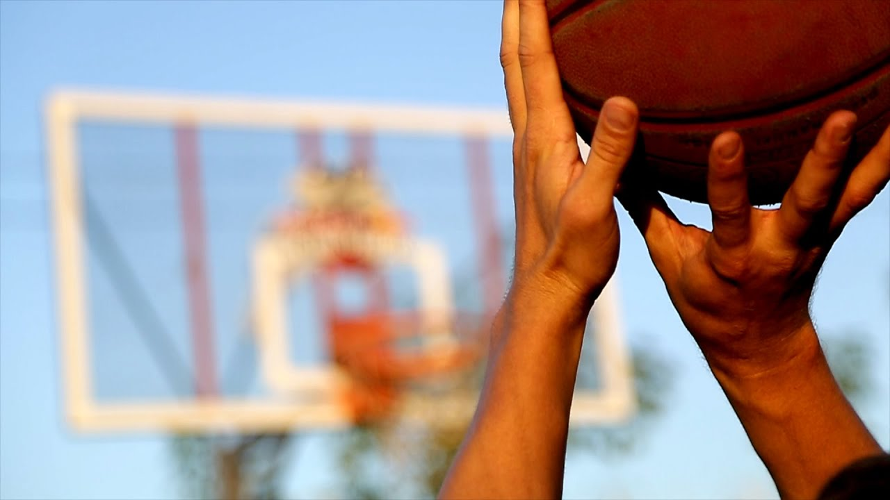 Жіноча команда УжНУ з баскетболу шукає гравців