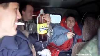 М.У.Ж.И.К.И. на УАЗе едут на рибалку :)