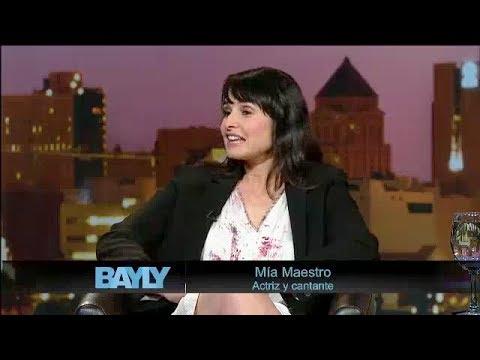 Jaime Bayly entrevista a Mía Maestro.