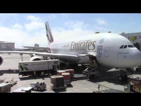 Aircraft at LAX Terminal B (Tom Bradley International Terminal), Los Angeles, June 20, 2017