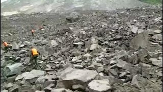 More than 100 missing after landslide in China thumbnail