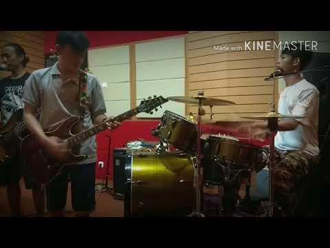 INDONESIA PUSAKA ! reggae Cover GaBuT band !