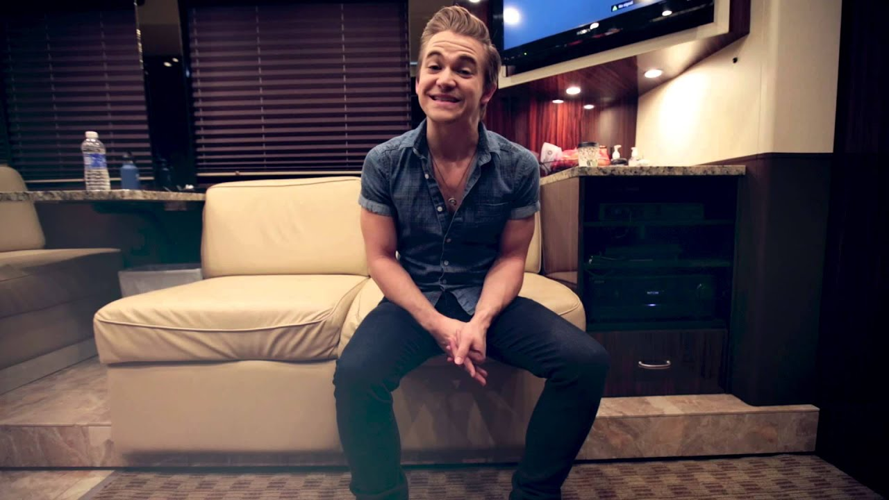 Hunter Hayes kicks off 21 Tour at WCU! - YouTube