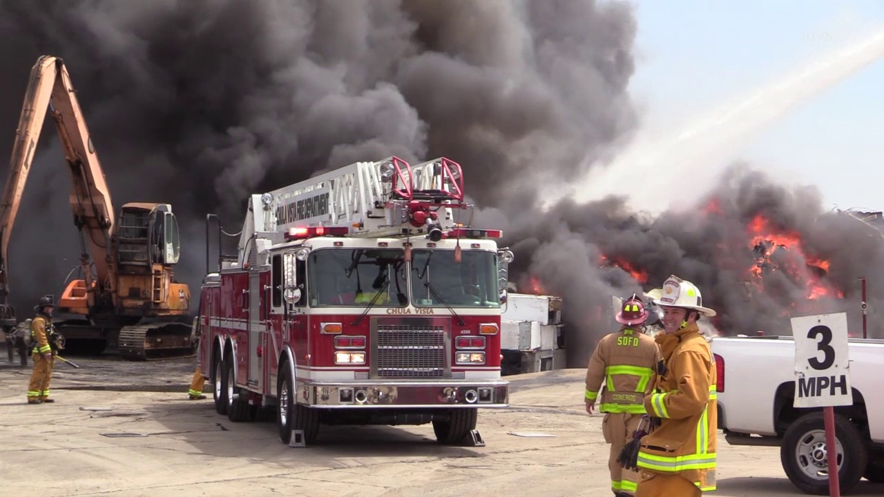 Video from California scrap yard fire - Statter911