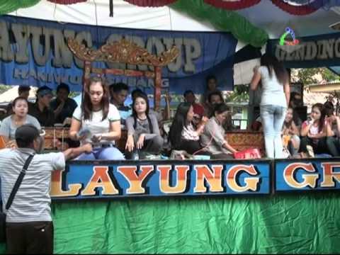 Jaipongan Layung Group - Peuyeum Bandung