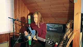 Hilde Skaar - Use Somebody / Acoustic Cover /