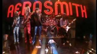 "Aerosmith Performs ""Train Kept A Rollin"" Live On The Midnight Speci..."