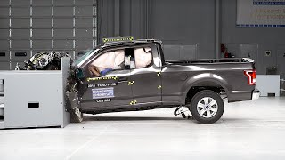 2016 Ford F-150 extended cab driver-side small overlap IIHS crash test