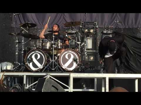 Of Mice & Men - Glass Hearts (Live at USANA Amphitheater, 08/09/16)