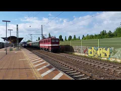 211 030 mit Störtebecker Express durch Leipzig