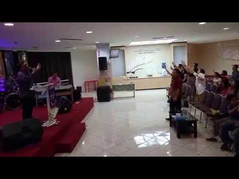 BFA Surabaya - Glory to The Lamb (Mulia bagi Anak Domba)