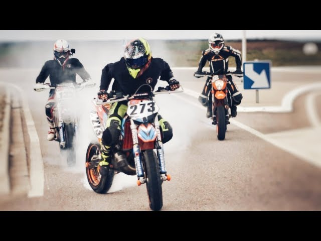 SUPERMOT' - RIDE WITH STYLE !