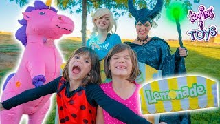 Maleficent STEALS from Twins!! Frozen Elsa saves the day!