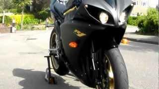 Yamaha R1 2009 with Full Leo Vince SBK EVO II System