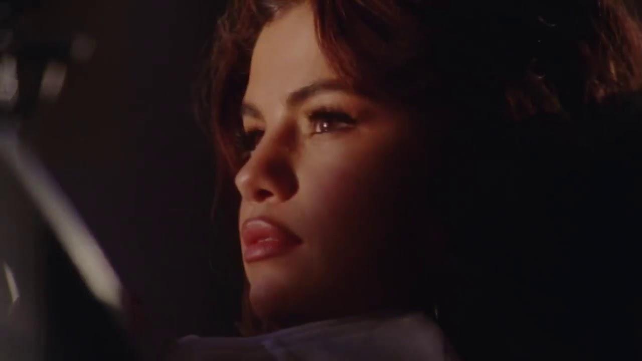 76b7ea01a7697b Selena Gomez - Puma s New