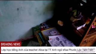 Bé ba tuổi rưỡi dạy tiếng Anh tại TT Anh ngữ efaa