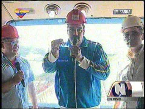 Maduro inspecciona inicio de pruebas del Sistema Metro Guarenas-Guatire