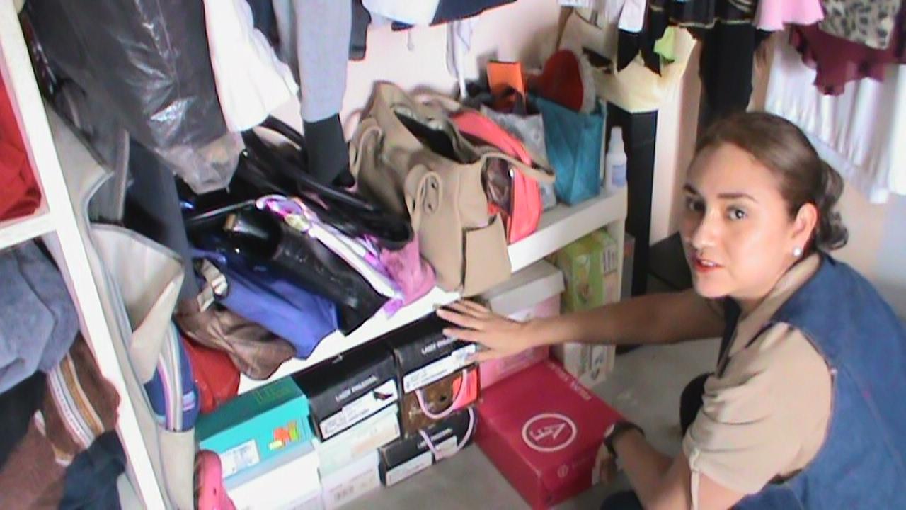 Organizando bolsas zapatos ropa metodo konmari funciona - Metodo konmari ropa ...