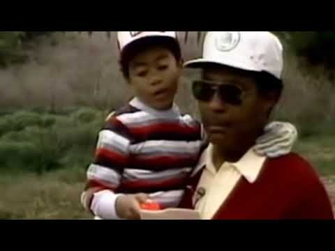 Tiger Woods Caddies For His Son Charlie