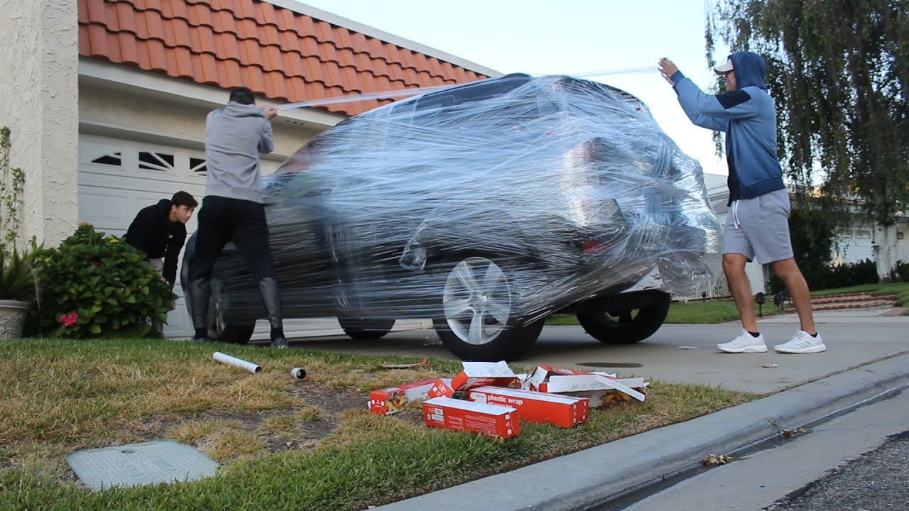 Saran Wrap Car: 3,200 SQUARE FEET OF SARAN WRAP CAR PRANK!!!