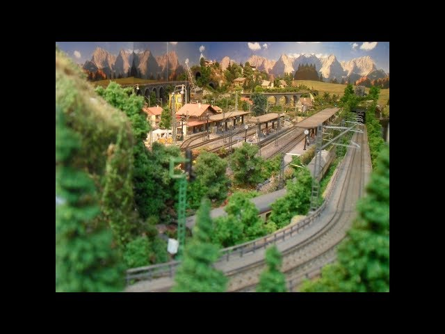 Modelleisenbahn Anlagebau mit eigener Holzkonstruktion