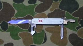 Victorinox Cadet review: Pocket Knife Perfection