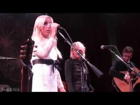 The Blade - Ashley Monroe/Miranda Lambert