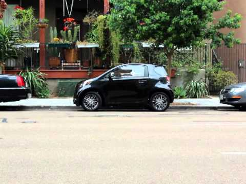 Scion iQ Test Drive 9- Parallel Parking