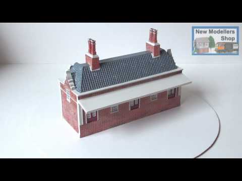 Hornby R9633 Great Northern Skale Regis Station Building