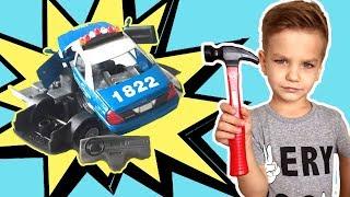 Отремонтировал все поломанные машинки волшебным молотком. Видео для детей.