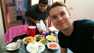 A DAY OF EATING FOOD IN DHAKA, BANGLADESH 🇧🇩