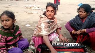 छोटी सी लड़की दिब्या भार्ती गजब की गायकी तरकुलहा मंदिर पे एक बार जरूर सुने
