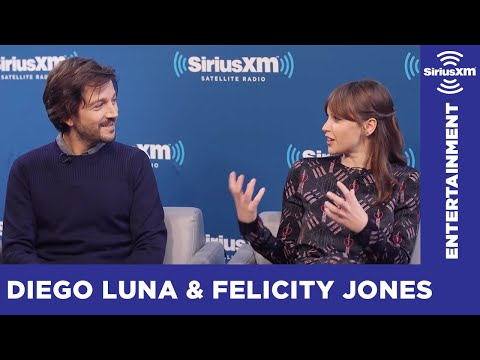 Do All Star Wars Actors Hang Out? // SiriusXM // Entertainment Weekly
