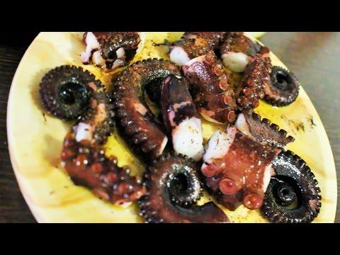 Испанская кухня. Как правильно приготовить осьминога. Осьминог рецепт.