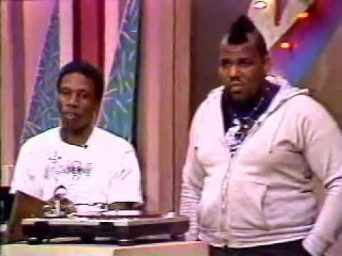 HOW TO DJ-SCRATCH with DJ JAZZY JAY & AFRIKA BAMBAATA