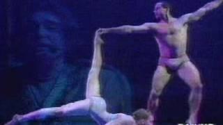 i migliori anni della nostra vita - Renato Zero & Momix thumbnail