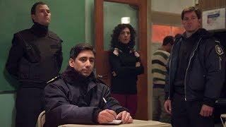 Luciana Salva A Omar De La Policía - Campanas En La Noche