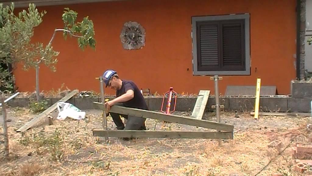 Realizzo steccato in legno con il sistema recingo youtube for Recinto cani fai da te