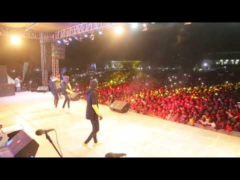 Rayvanny -ZEZETA- live performance in Mwanza