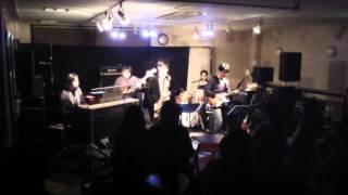 2011年12月、津山市にてのライブの模様です。 わきわいあいと楽しく演奏...