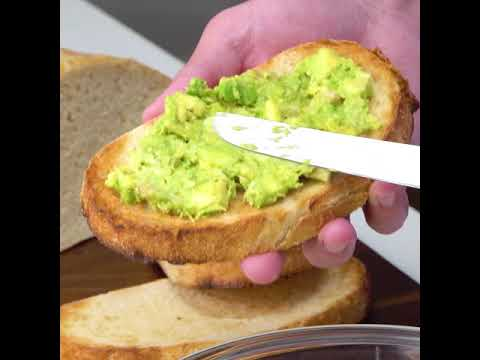 A Meal In Minutes – Tuna Pesto Avocado Toast Recipe