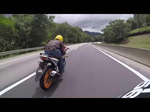 YAMAHA LC135 ES chasing RS150 & Y15zr ( Bentong - Genting Sempah )